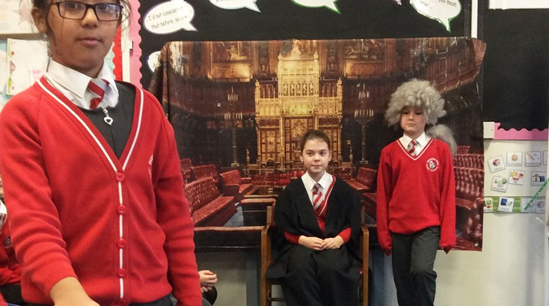 Pupils learn about democracy